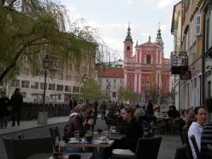 n kokouksessa Ljubljanassa, Sloveniassa